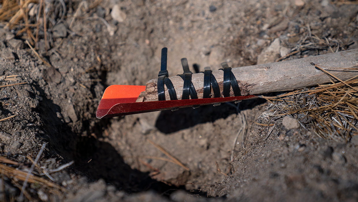 The Prairie Dog Ultralight Camp Shovel for Backpacking